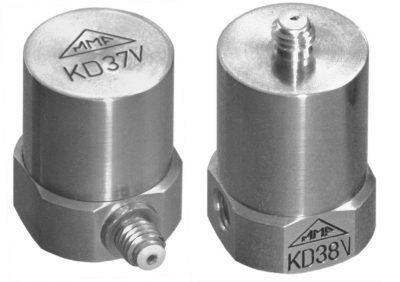 acelerómetros con salida en carga